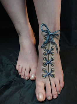 creepy-tattoo-001245.jpg